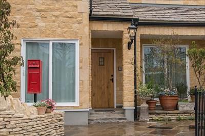 外観のデザインをおしゃれにしたいならレンガの家はいかが?~経年による色合いの変化も魅力~